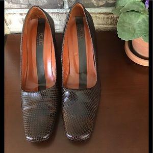 BCBG Heels size 9